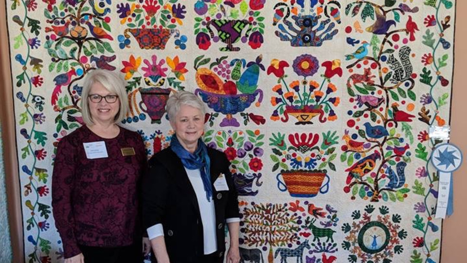 Choose to Bloom Awarded Blue Ribbon at Bulloch Hall Quilt Show