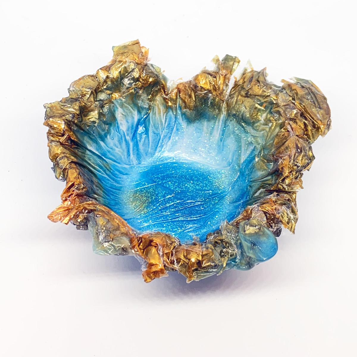 Resin Sculpture Trinket Bowl #2 by Susi Schuele