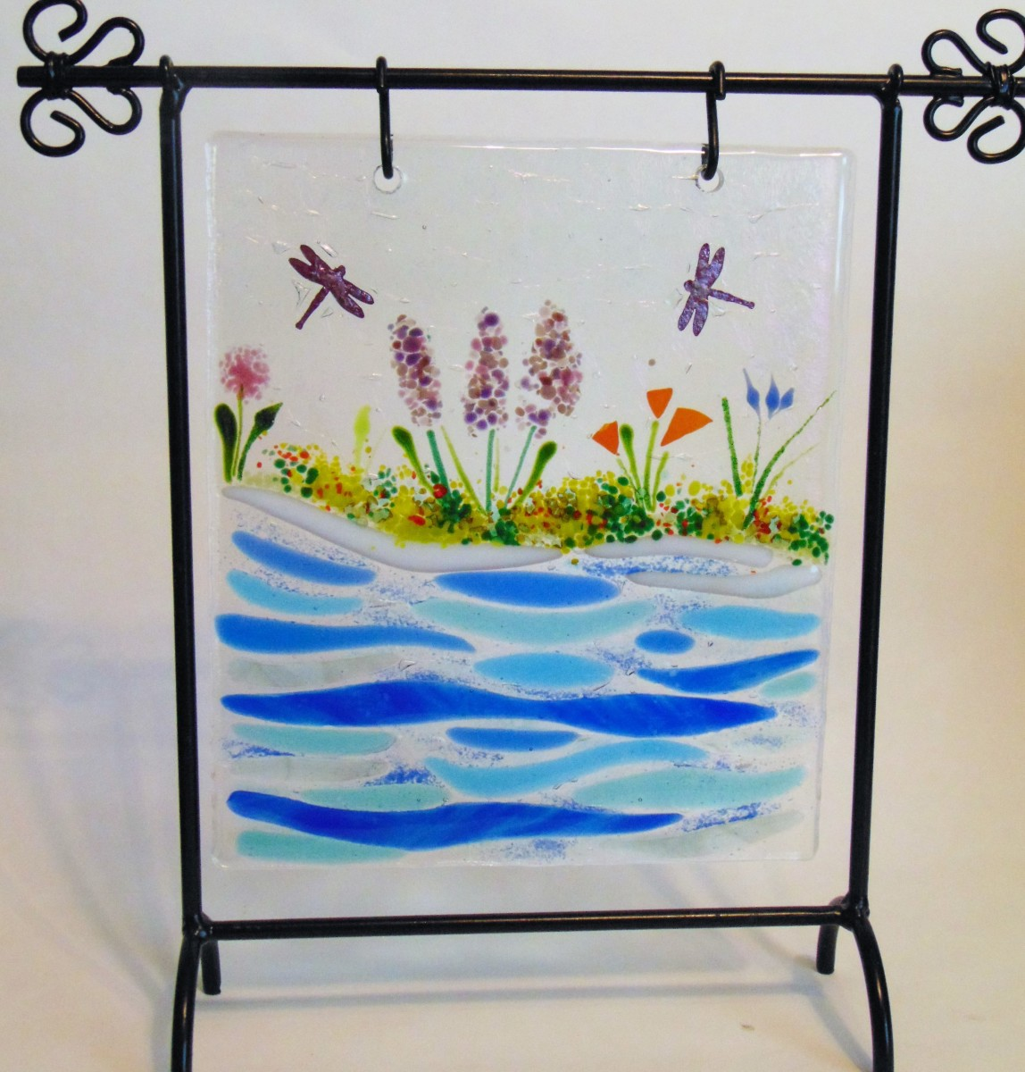 Hanger-Dragonflies by water, includes stand