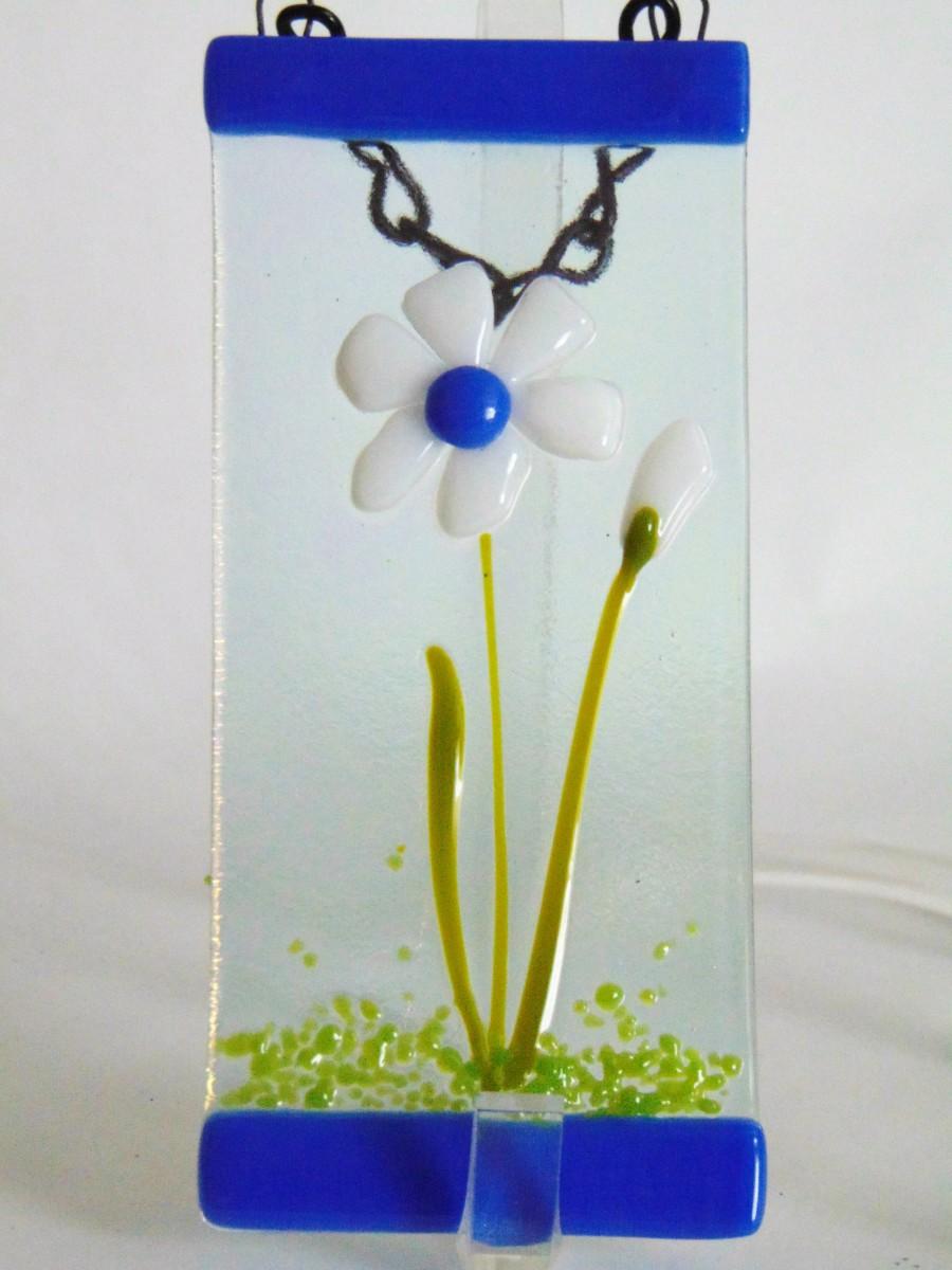 Small Garden Hanger-White Daisy by Kathy Kollenburn