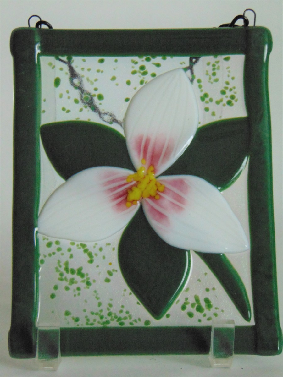 Garden Hanger-Trillium