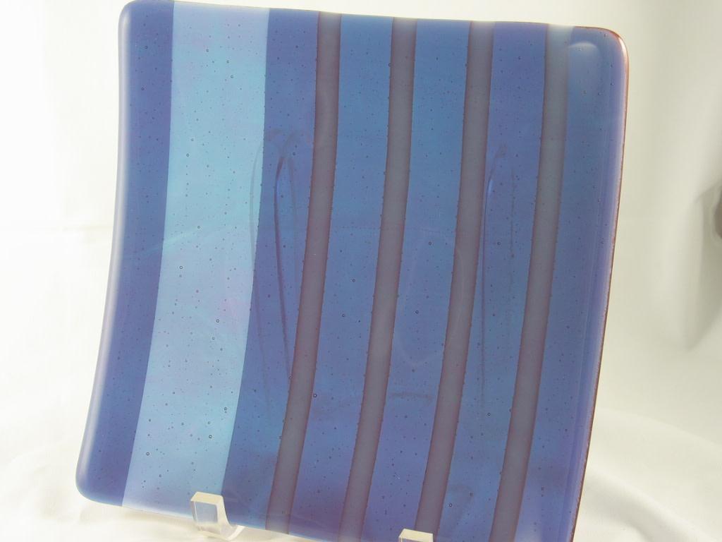 Sushi-Lavendar/Blue on White