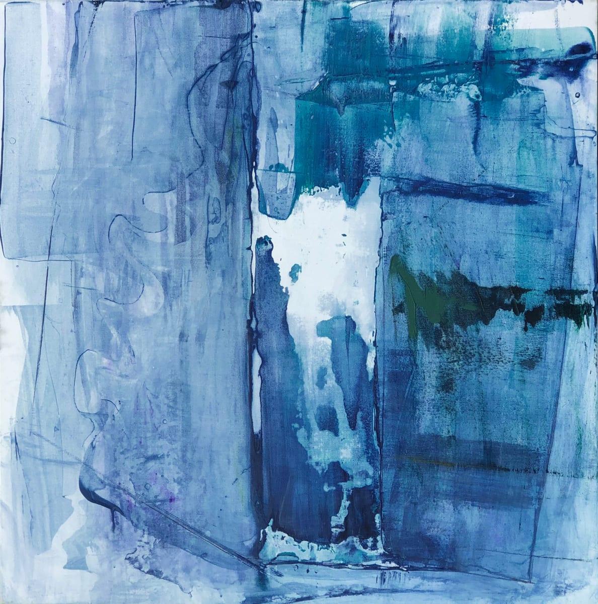 Hinged Sky (Breakthrough) by Laura Viola Preciado