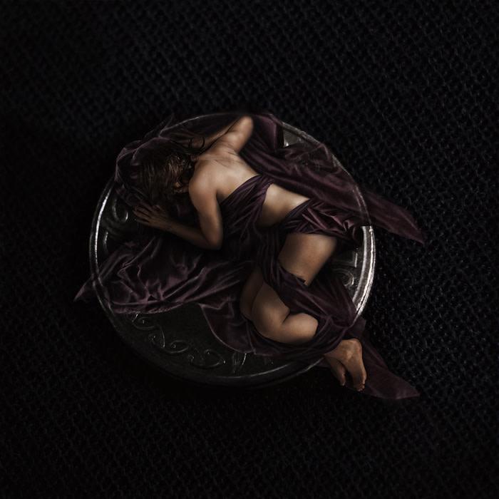 "Rochelle Marshall – ""Absence"" - www.darksapphirephotography.com"