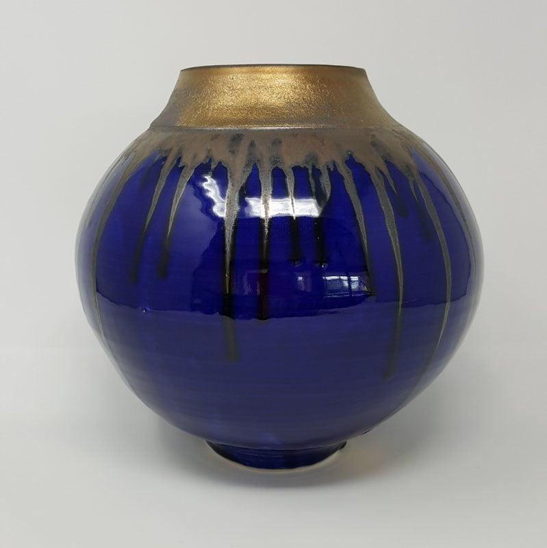 BRI060, Midnight Blues Moon Jar by Jane Bridger