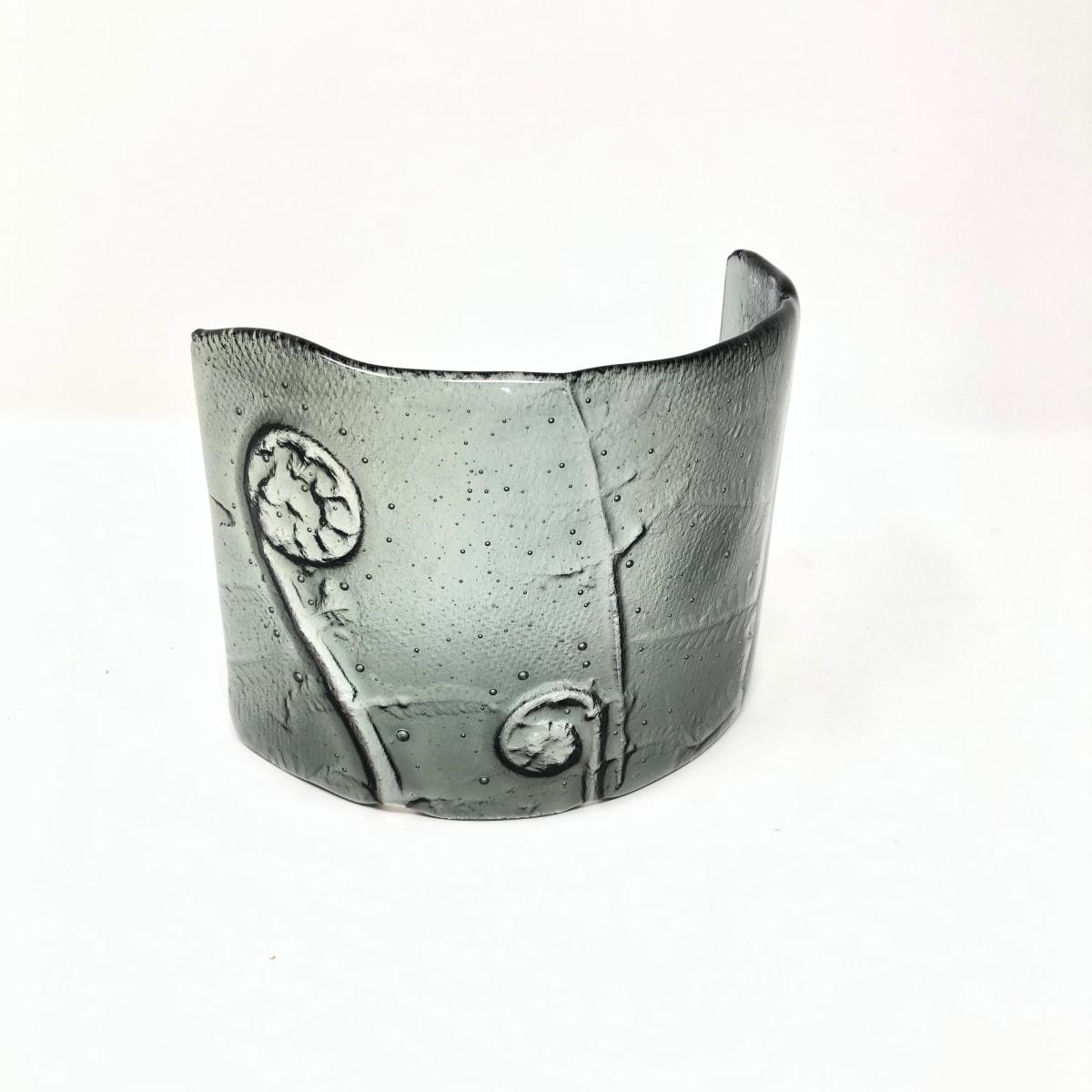 SHI296, Silver Grey Fern bend by Hilary Shields