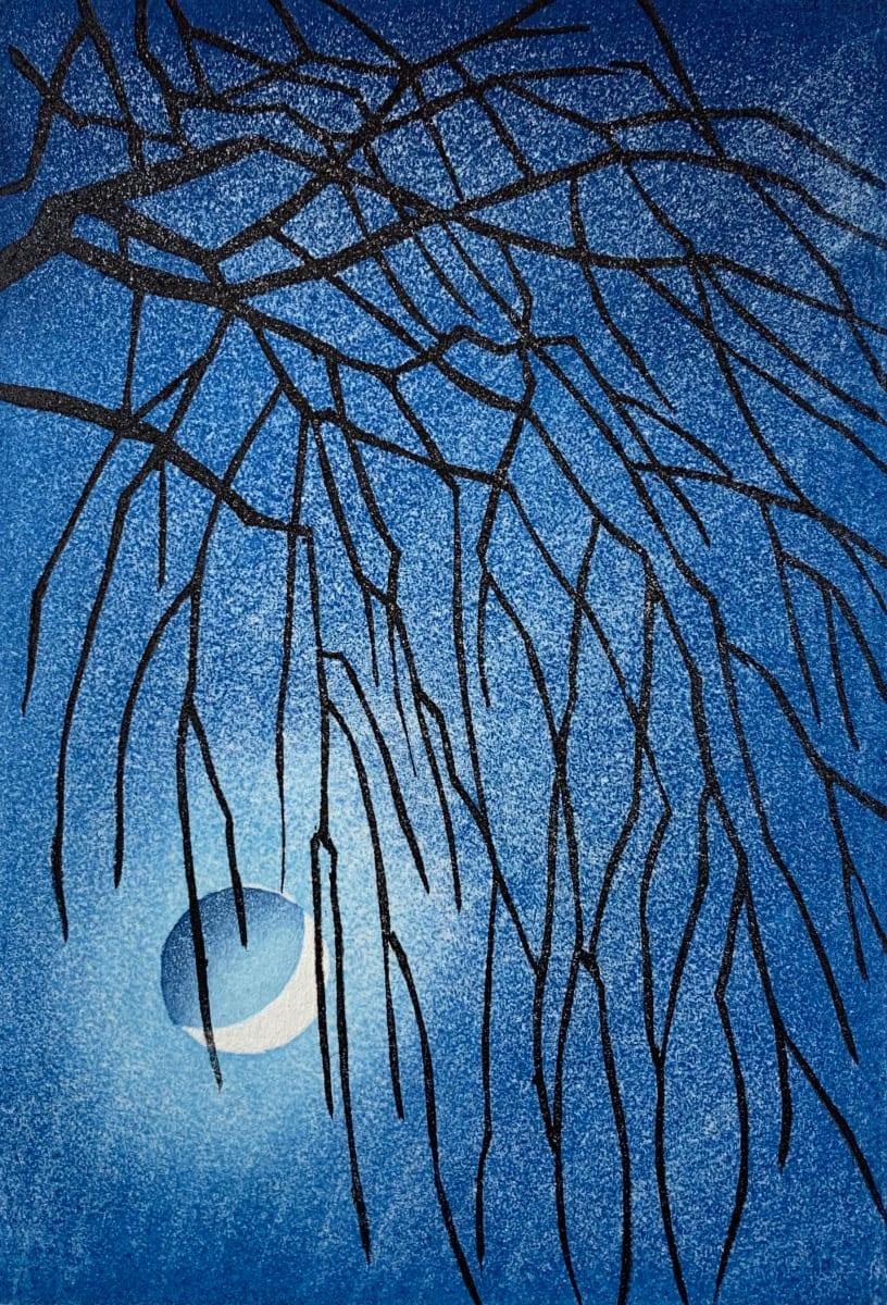Japanese moon: willow by Mara Cozzolino