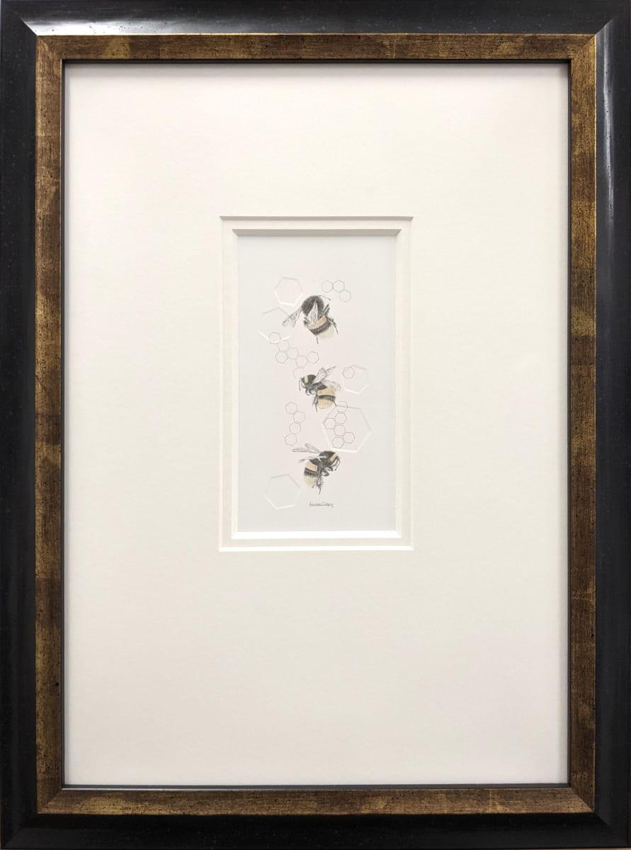 Buff tailed BumbleBee 3.32e by Louisa Crispin