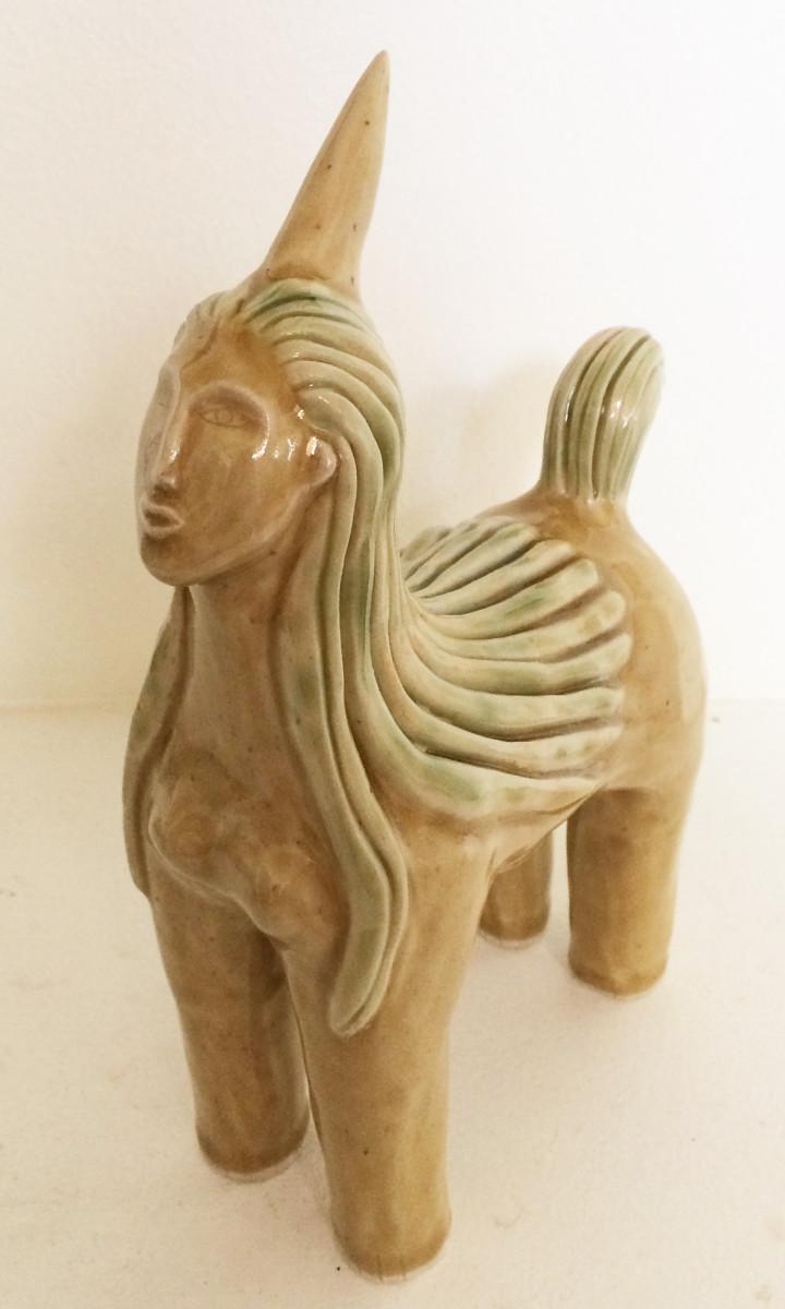 Wondora, the Golden Lady unicorn by Nell Eakin