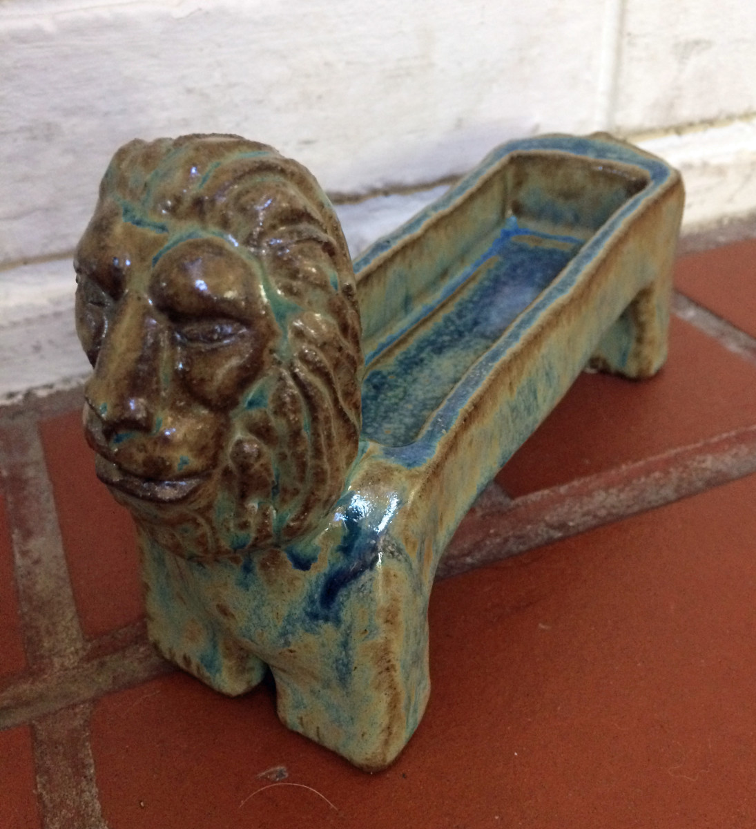 Lion rectangle dish by Nell Eakin