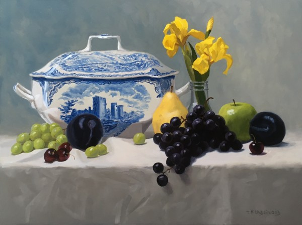 Tureen with Fruit