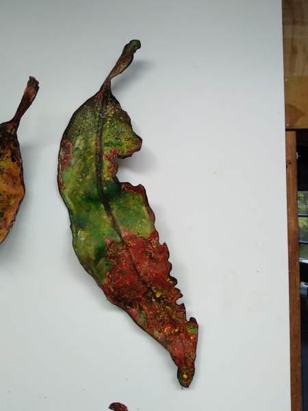 Gum Leaf .. Small .. (19150)