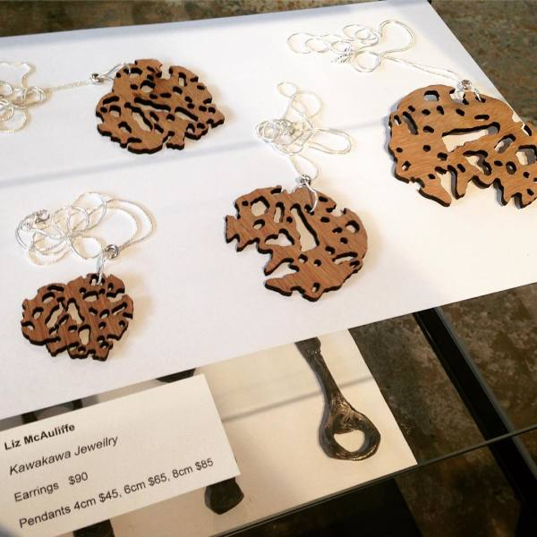 Kawakawa Drop Earrings . 091