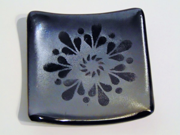Small dish-Mandala on Silver Irid