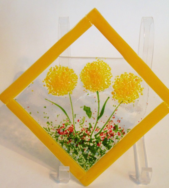 Garden Hanger-Diagonal, Yellow Dahlias