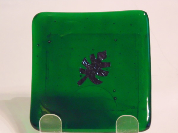 Small dish--Emerald green with copper leaf