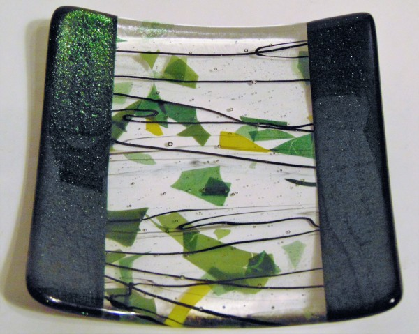 Cocktail Plate-Adventurine Green with Stringer/Confetti