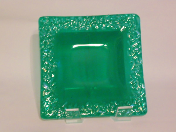 Irid Edged Dish-Emerald Green