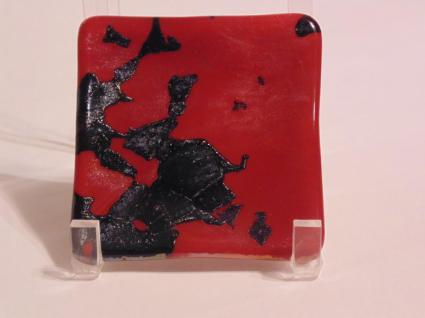 Small dish-Red with black irid