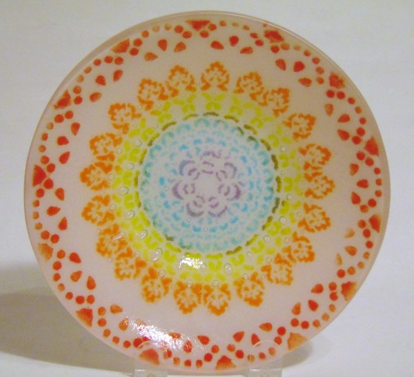 Doily Plate-Rainbow Colors