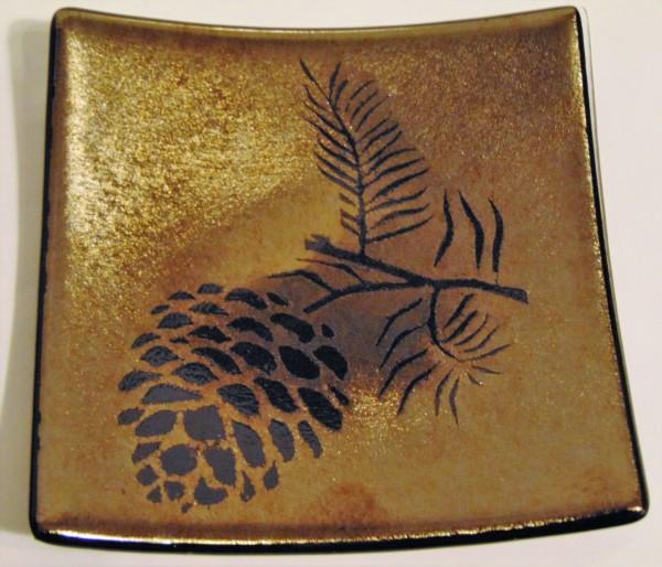 Pinecone Plate on Irid