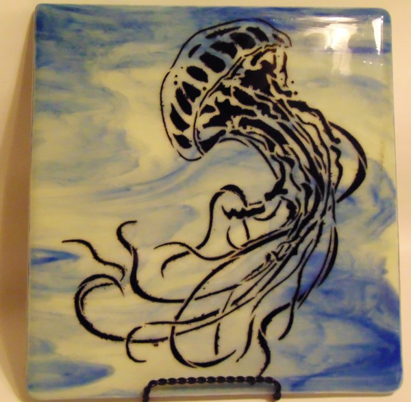 Jellyfish on blue/white streaky with stand