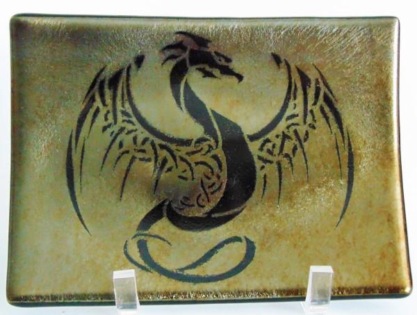 Plate-Dragon on Black Irid