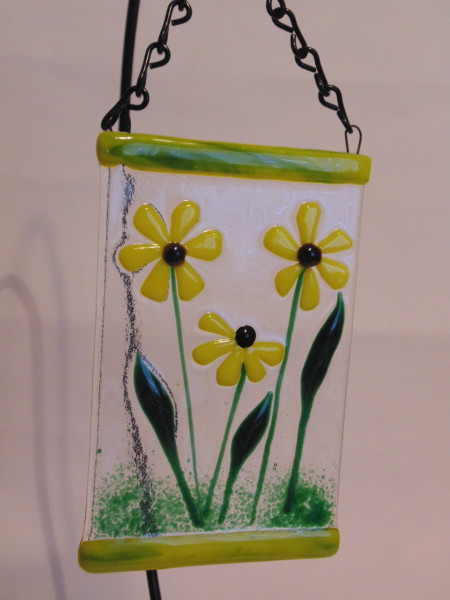 Garden Hanger-Small with Yellow Daisies
