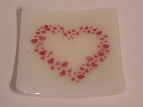 Small plate with Cranberry Pink Hearts