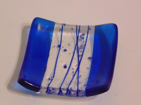 Small dish-Blue with confetti/stringer