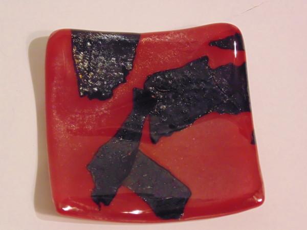 Small dish-Red & Black Irid