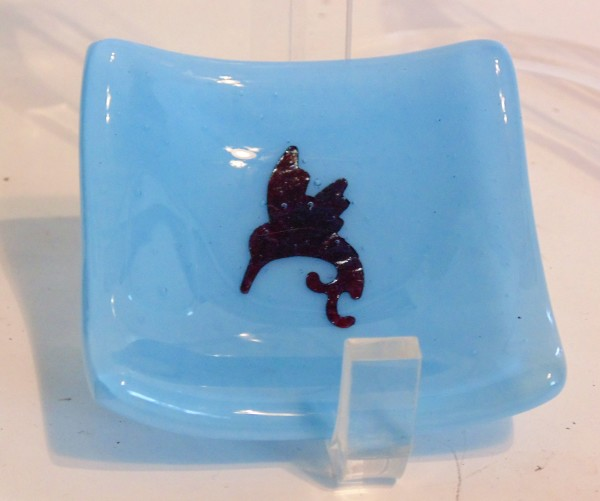 Small dish-Blue with copper hummingbird