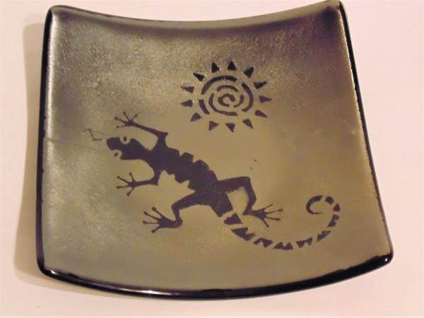 Desert Lizard with Sun on Gold Irid