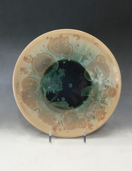 Medium Green w/brown plate