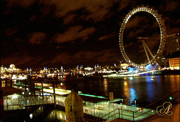 Millenium Wheel at Night