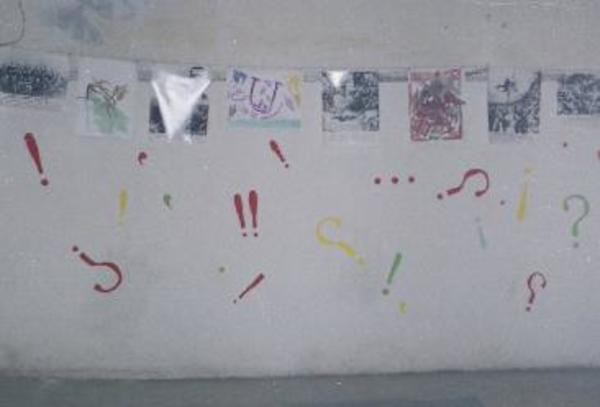 Life above / Historical photos, children's drawings, exclamation marks