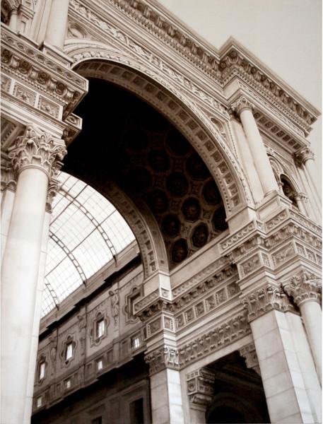 Arch of the Galleria Vittorio Emanuelle