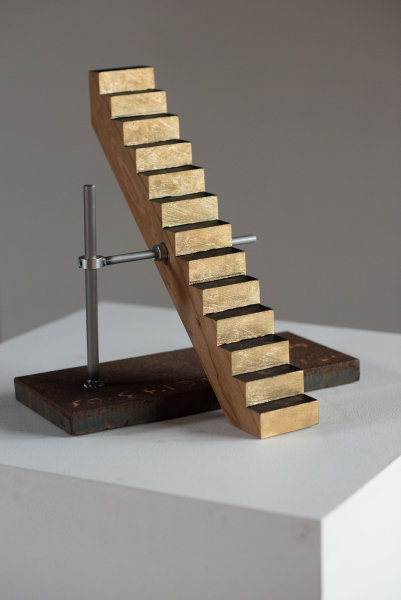 Pivoting Stairway