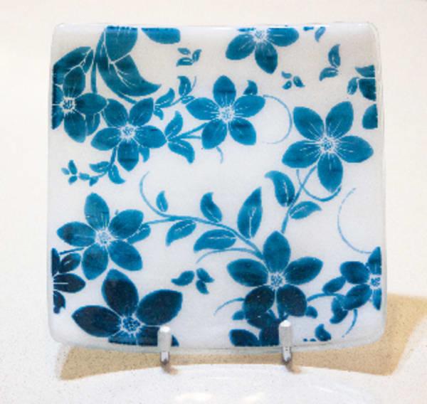 Blue Daisy Dish