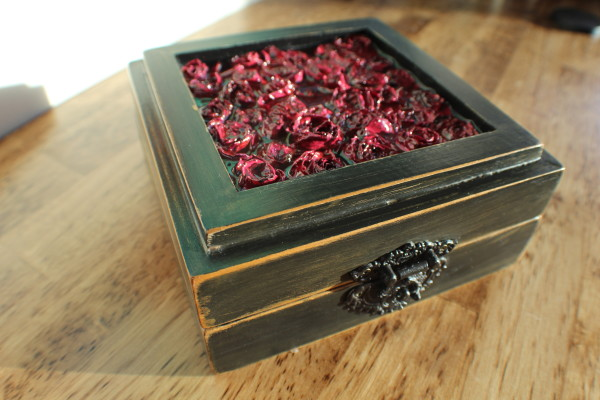 Resin trinket box square