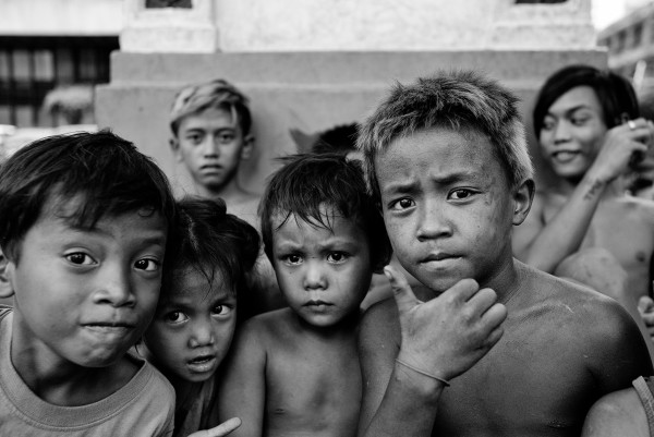 Street Kids Manila 16x20