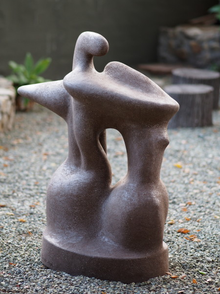 Intertwined Figurines/Large