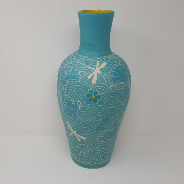BRI083, Turquoise Fighting Fish Vase