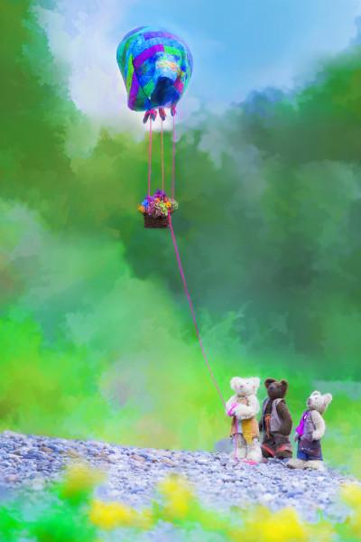 Bramble Glen Bears Flying Basket