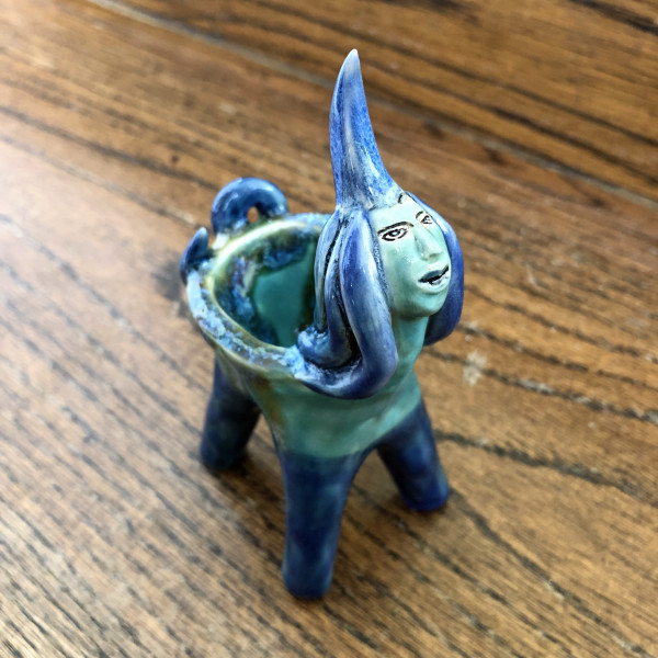 Sky Opal, a dream holder