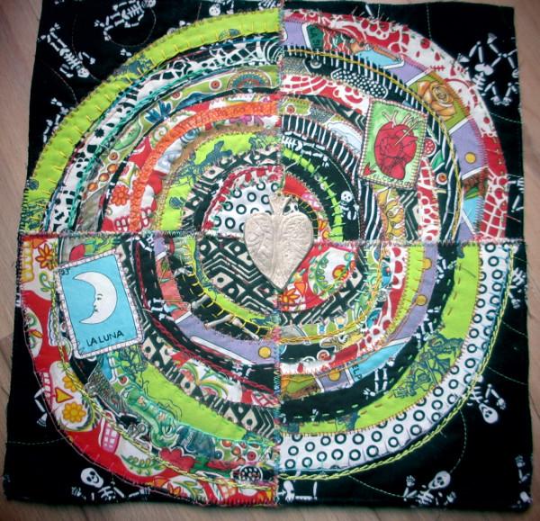 Recycled Circles : Dia de los Muertos by Jane LaFazio