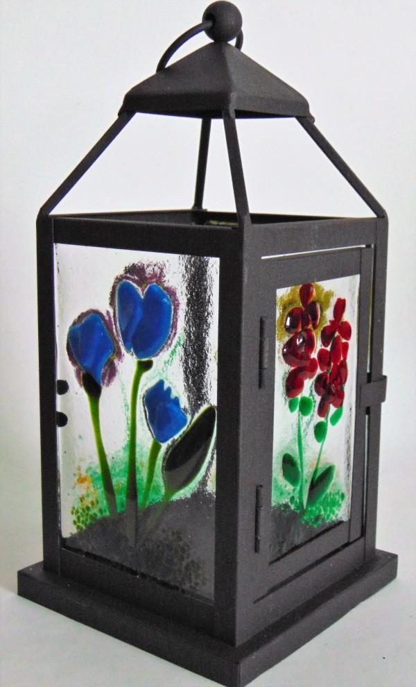 Small Lantern by Kathy Kollenburn