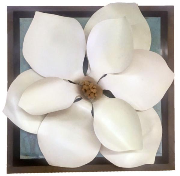 Magnolia II by Holly Sudduth