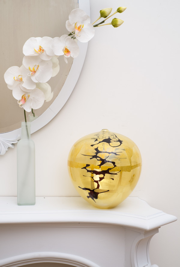 Yellow/Black Short Amphora by Fred Kaemmer