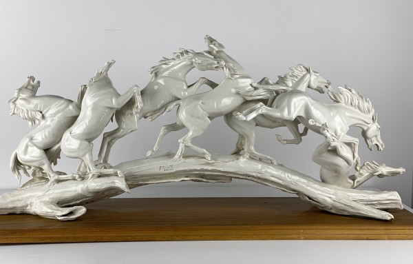 5171 - Porcelain Horses